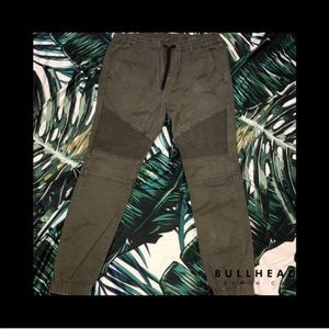 Men's Bullhead Gray Joggers, Medium